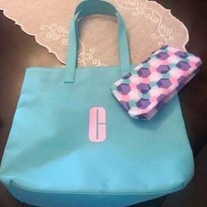 Clinique tote and makeup GWP bag-NEW